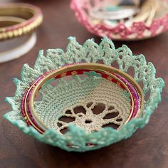 Diy lace doily bowl pinterest fun diy tutorials and craft 20 diy projects from 3 diy masters all inspired by mrs meyers clean day check them out now and make the most of your home solutioingenieria Image collections