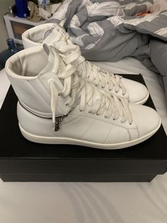 49d701eca50f Yves Saint Laurent Hi-top casual sneakers White Mens Size 8 (41 EU)