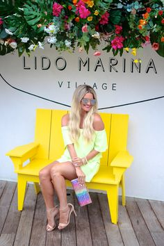 Lipgloss and Lace Summer Maxi, Summer Chic, Beach Kaftan, Dressy Skirts, Fashion Essentials, Summer Months, White Denim, Summer Looks, Body Types