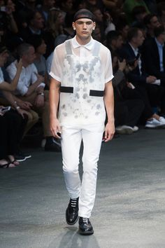 Givenchy-2015-Men-Spring-Summer-Paris-Fashion-Week-044