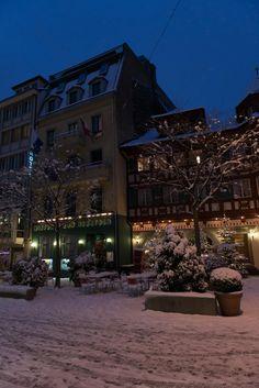 Restauratn Rebstock Hofstube in Luzern - Fasnacht im Rebstock - immer ein Erlebnis    Prämierte Restaurant-Dekoration