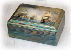 Cigar Box Art, Cigar Box Crafts, Decoupage Vintage, Decoupage Paper, Decorative Accessories, Decorative Boxes, Recycled Decor, Painted Wooden Boxes, Arte Country