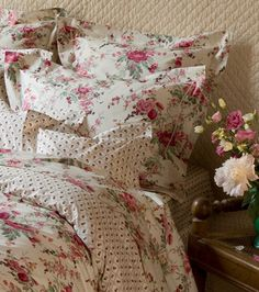Love this bedding.....
