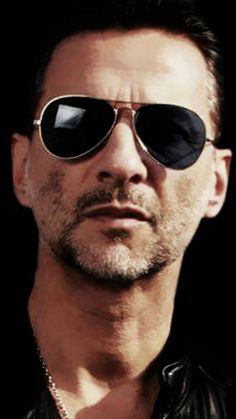 Jean Michel Jarre, Solo Pics, Dave Gahan, Indie Pop, Electronic Music, Cool Bands, My Music, Mens Sunglasses, Crushes