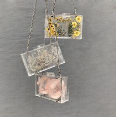 Co Accesories - Accesories jewelry - Accesories Diy Resin Art, Diy Resin Crafts, Box Bag, Transparent Box, Transparent Clothes, Zeina, Accesorios Casual, Cute Purses, Cute Bags