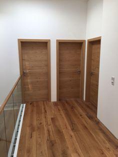 Flächenbündige Eichentüren - Lilly is Love Door Design Interior, Main Door Design, Wooden Door Design, Style At Home, Wc Design, Home Entrance Decor, Country Modern Home, Bedroom Cupboard Designs, Oak Doors