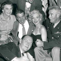 1953: Marilyn and Joe at Bob Hope's birthday party