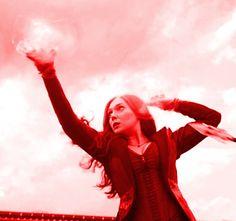 Elizabeth Olsen as Scarlett Witch Marvel Comics, Marvel Heroes, Marvel Avengers, Ms Marvel, Captain Marvel, Witch Aesthetic, Red Aesthetic, Marvel Universe, Scarlet Witch Avengers