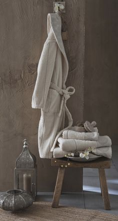 Bath Towel Size, Towel Set, Bath Towels, Bed And Breakfast, Best Skincare For Men, Presentation Pictures, Still Photography, Textiles, Home Spa
