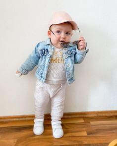 """BABY SARAH on Instagram: """"😎"""" Hipster, Baby, Instagram, Style, Fashion, Swag, Moda, Hipsters, Fashion Styles"""