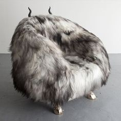 love this chair - for the modern longhouse - perfect! The Haas Brothers, USA, 2014 Unique Beast club chair in Salt N' Pepper Icelandic Sheepskin with spike carved wooden horns and cast bronze goat hoof feet and dong. Funky Furniture, Furniture Design, Art Furniture, Cool Chairs, Lounge Chairs, Funky Chairs, Interior Decorating, Interior Design, Painted Chairs