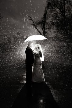 Tips For Planning The Perfect Wedding Day. A wedding should be a joyous occasion for everyone involved. The tips you are about to read are essential for planning and executing a wedding that is both Rain On Wedding Day, Rainy Wedding, Dream Wedding, Snow Wedding, Wedding Tips, Wedding Events, Wedding Ceremony, Wedding Themes, Wedding Dresses