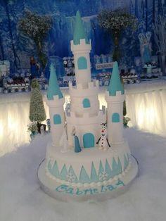 Lindo bolo verdade para os convidados saborear Frozen Gabriela 4 anos Atelier de Festas Eliana Simas