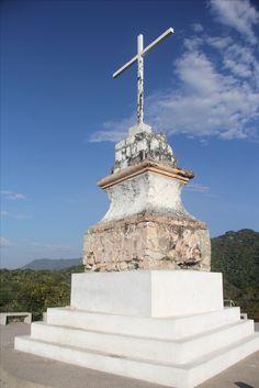 Crucero del Cerro de la Cruz. Puerto Vallarta, Jalisco.