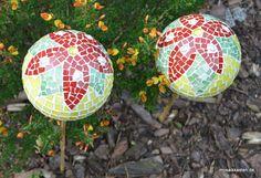 Gartenkugeln von www.mosaikkasten.com