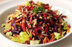 V kuchyni vždy otevřeno ...: Barevný detoxikační salát Cobb Salad, Food, Essen, Meals, Yemek, Eten