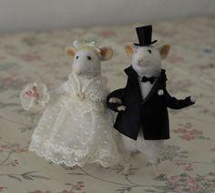 wedding mice by Natasha Fadeeva