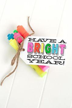 'Have a bright school year' gift idea w/ free printable via @tomkatstudio teacher gifts, gift ideas for teachers