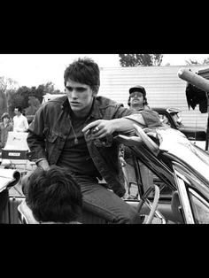 The Outsiders Imagines, The Outsiders 1983, Young Matt Dillon, Greaser Guys, Ralph Macchio The Outsiders, Dallas Winston, Brat Pack, Cute Actors, Stay Gold