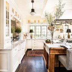 Country Kitchen Designs, French Country Kitchens, Modern Farmhouse Kitchens, French Country Decorating, Home Kitchens, Country French, Country Style, French Style, Farmhouse Decor