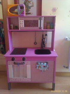 Piratas de Ikea: Minicocina en rosa