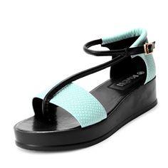 ue And Black Color Block Snakeskin PU Buckle Strap 40mm Sandals
