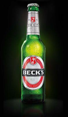 Bottle Art, Beer Bottle, German Beer Brands, Pink Volkswagen Beetle, Cocktail Drinks, Alcoholic Drinks, Beer Pictures, Beer Bar, Parlour