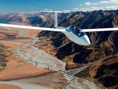 Glide Omarama, Trial Flights, Scenic South Island, New Zealand Civil Aviation, Aviation Art, Ww2 Spitfire, Aviation Technology, Lake Tekapo, Piper Aircraft, Aircraft Design, South Island, Wonders Of The World