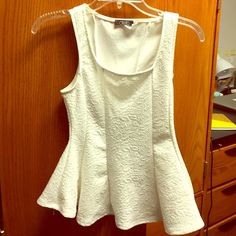 White peplum top Flower design, worn once, super elegant with a statement necklace Deb Tops