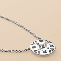 FOSSIL® Jewelry Necklaces:Jewelry Sterling Signature Disc Pendant JFS00007
