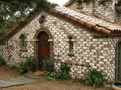 THE FAIRYTALE COTTAGES OF CARMEL- A SLIDESHOW   Once Greene and Greene-On the Carmel Register of Historic Homes. Once upon a time..Tales from Carmel by the Sea