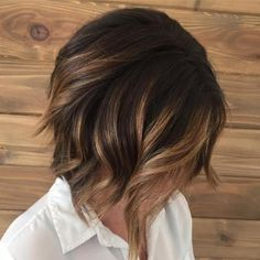 35 Balayage Hair Color Ideas for Brunettes in The French hair coloring technique: Balayage. These 35 balayage hair color ideas for brunettes in 2019 allow to achieve a more natural and modern eff. Brown Ombre Hair, Brown Hair Balayage, Short Brown Hair, Ombre Hair Color, Light Brown Hair, Hair Color Balayage, Dark Brown, Copper Balayage, Balayage Hairstyle