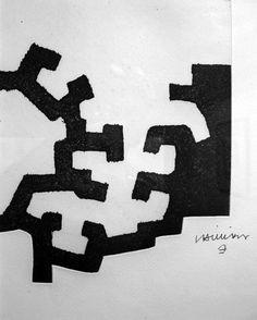 """Ceci n'est pas de la pub, mais une simple reco.Il vous reste 9 jours pour descendre à Saint-Paul-de-Vence admirer les oeuvre d'Eduardo Chillida à la Fondation Maeght (qu'on prononce """"mag"""" pour ceux qui hésiteraient). L'expo se termine le 13 novembre. C'est sublime. http://www.fondation-maeght.com/index.php/fr/expositions/136-qchillidaq-du-26-juin-au-13-novembre-2011"""