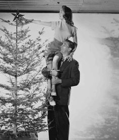 Janet Leigh and Robert Mitchum in Holiday Affair