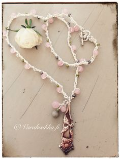 Crocheted bead spoon necklace bracelet with hand made vintage silver plated spoon pendant, rose quarts, and glass beads on www.varalusikka.fi