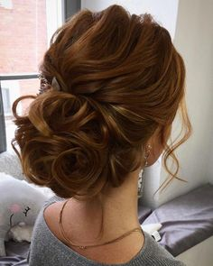 92 Drop-Dead Gorgeous Wedding Hairstyles For Every Bride To Be Textured wedding updo hairstyle ,messy updo wedding hairstyles ,chignon , messy updo hairstyles ,bridal updo Simple Wedding Hairstyles, Bride Hairstyles, Hairstyle Wedding, Trendy Hairstyles, Hairstyle Ideas, Style Hairstyle, Perfect Hairstyle, Gorgeous Hairstyles, Long Haircuts
