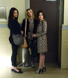 Aria's leopard print coat AND shoes.