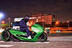 Custom Motorcycles, Custom Bikes, Cars And Motorcycles, Custom Honda Ruckus, Maxi Scooter, Scooter Custom, Honda Cub, Mens Toys, Cybergoth