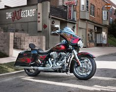 Official Wallpaper of 2013 Harley Davidson Street Glide