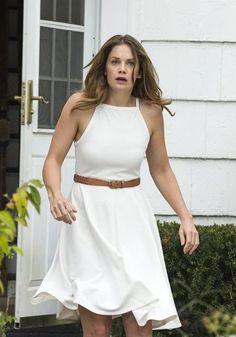Critique de la saison 1 de The Affair, série passionnante de Showtime, qui répond à plusieurs questions et ouvre sur une seconde saison. Spoilers.