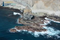 Lion Rock in Lion Bight on southwest coast of Unalaska Island, Aleutian Islands. When seen from the southwest it has the appearance of a crouching lion. https://cview.app.link/11Ednz5pzH #lionrock #unalaska #aleutes #geography #coast @alaskatravlnews @HALcruises @NationalGeoPixs