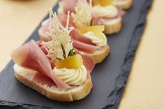 Tapas, Fingerfood Party, Party Finger Foods, Cantaloupe, Panna Cotta, Sweet Home, Food And Drink, Fruit, Ethnic Recipes