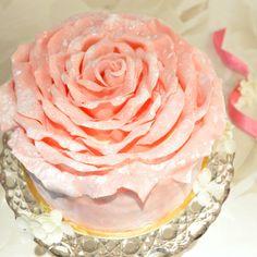 Cherie Kelly's Strawberry Chocolate Rose Petal Cake ✿