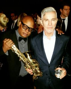 @Aboutlastnight talking movie..saxophone..art.. talk with Film Director  Baz Luhrmann @tomford @nyfw2016 #aboutlastnight #bazlurhmann #tomford #photooftheday #amazing #nyfw2016 #cute #love #team #fashion #models #skijohnsonenterprises  #look #instalike #funtimes #like #girl #selfie #instagood #bestoftheday #instacool #smile #style #jazz #happy #follow #saxophone #actor
