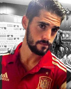 Equipe Real Madrid, Isco Alarcon, Real Madrid Players, Football Players, The Magicians, Beautiful Men, Sexy Men, Hot Guys, Spain