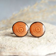 Wooden cuff links - anniversary gift for him - fathers day gift -wood accessories for men - nature accessories Homemade Anniversary Gifts, Great Anniversary Gifts, Natural Man, Natural Wood, Wooden Jewelry Boxes, Handmade Accessories, Men's Accessories, Gifts For Teens, Paper Decorations