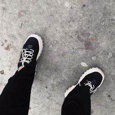 Vans, Sneakers, Outfits, Instagram, Fashion, Tennis, Moda, Fashion Styles, Van