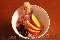 pazziedolciesalate: Dessert Estivo: Coppa Yogurt, Frutta e Savoiardi