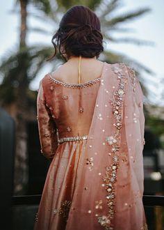 Pakistani Dresses Party, Beautiful Pakistani Dresses, Walima Dress, Shadi Dresses, Pakistani Wedding Outfits, Pakistani Wedding Dresses, Pakistani Dress Design, Party Wear Dresses, Bridal Outfits