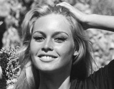 Bridget Bardot, Brigitte Bardot Movies, Marlene Dietrich, French Beauty, French Actress, Saint Tropez, Fashion Pictures, Role Models, Singer